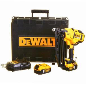 DeWalt DCN660P2 18V XR 2nd Fix Brushless Nailer Kit (2 x 5.0Ah Li-Ion Batteries, Charger & Case)